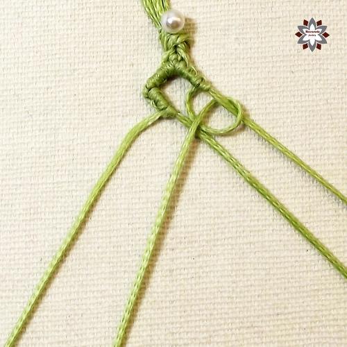 Macramotiv micro-macrame pattern tutorial DIY knotted bracelet squres how to make macrame makramé migramah instructions steps step-by-step knotting