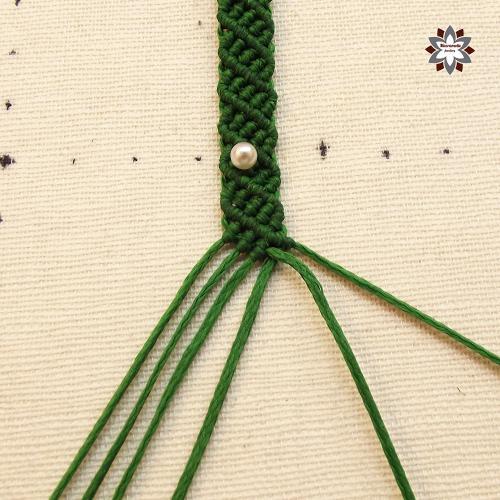 Macramotiv micromacrame knotted bracelet tutorial