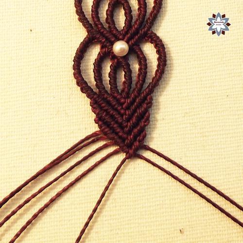 Macramotiv micro-macrame knotted bracelet rhombus double heart knotting pattern tutorial DIY instructions steps how to make macrame migramah