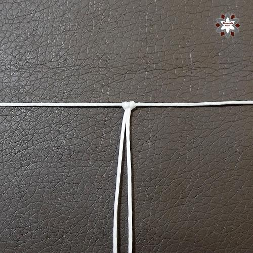 Macramotiv.com micro-macrame knotted christmas snowflake ornament tutorial steps DIY instructions knotting steps step-by-step migramah star iceflower makramé macramé macramee handcraft