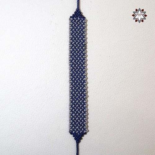 Macramotiv micro-macrame knotted bracelet grid pattern tutorial DIY howto steps step-by-step photo instructions migramah knotting makramé macramé csomózás friendship bracelet textile